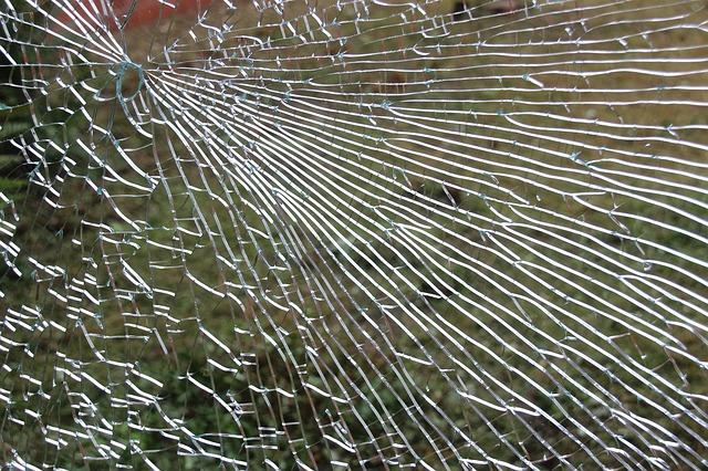ガラスのひび割れ