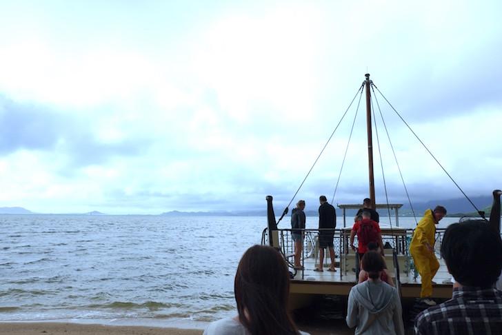 クアロアランチ船