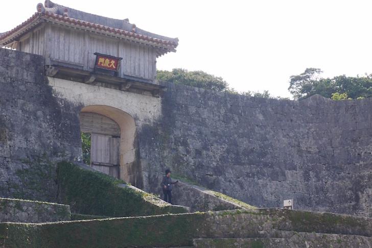 首里城入り口
